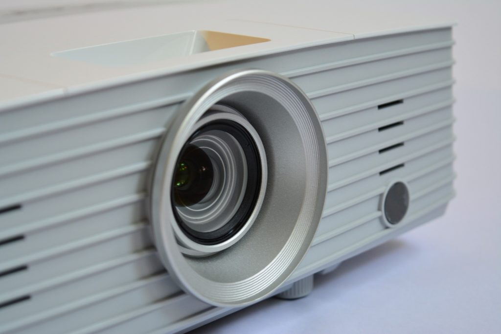 buy-projector-from-vortech-comms-singapore