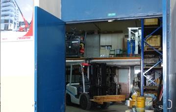 forklift machine in Singapore